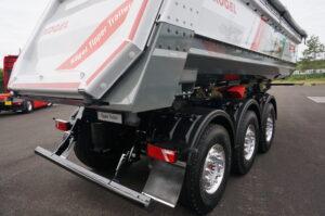 Strengere eisen voor stootbalk vrachtauto's volgens ECE-regelement 58